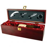 3-piece wine set featuring a bottle stopper- drip stopper and a bottle opener