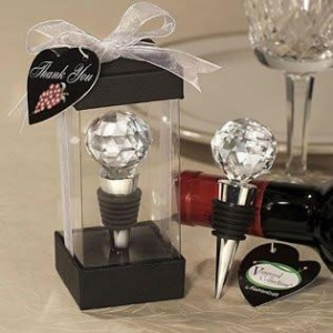 WINE BOTTLE STOPPER WITH A CRYSTAL TOP